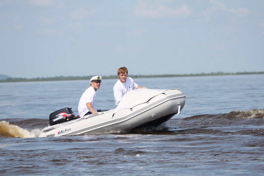 преимущества моторной лодки